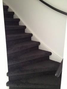 Koja woningstoffeerbedrijf - gestoffeerde trap 2